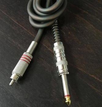 Силиконов кабел с RCA букса
